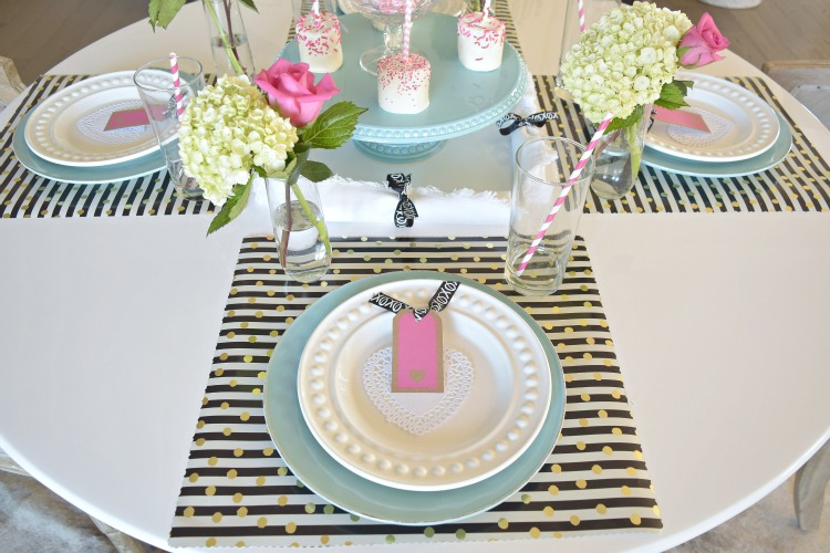 valentines tablescape diy placemat7