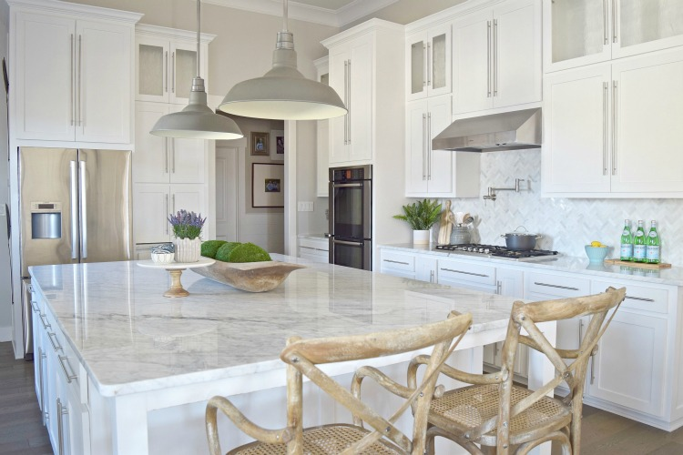 white modern kitchen zdesignathome
