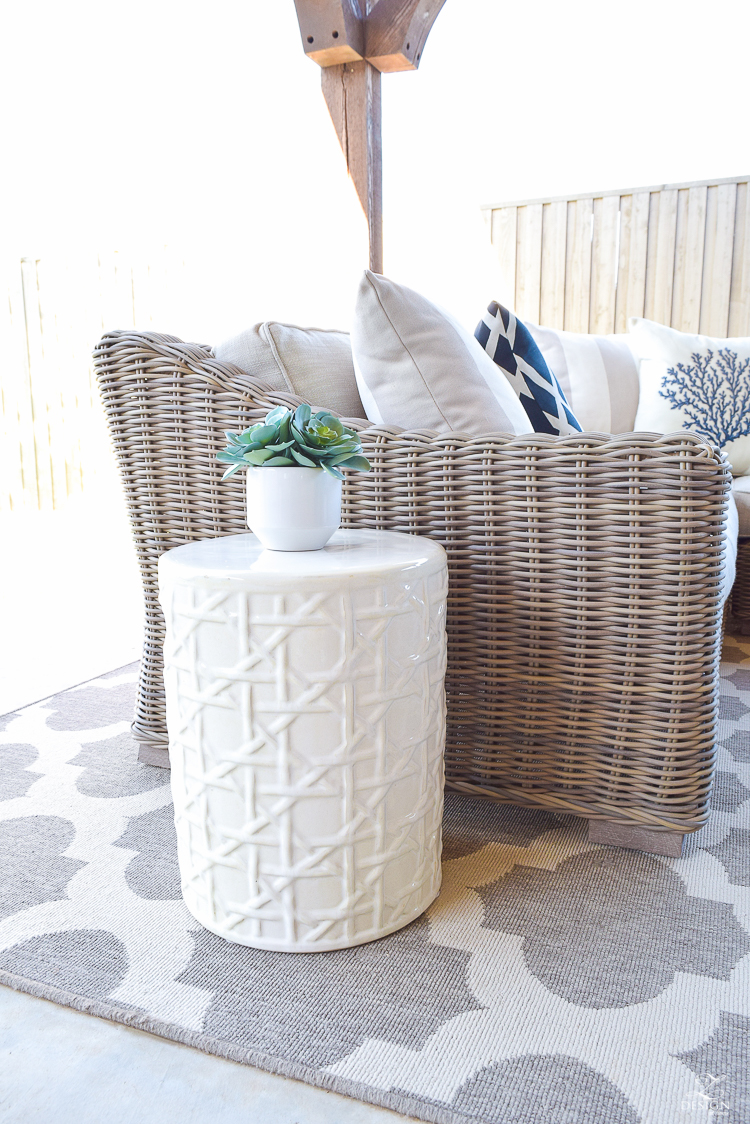 white lattice garden stool