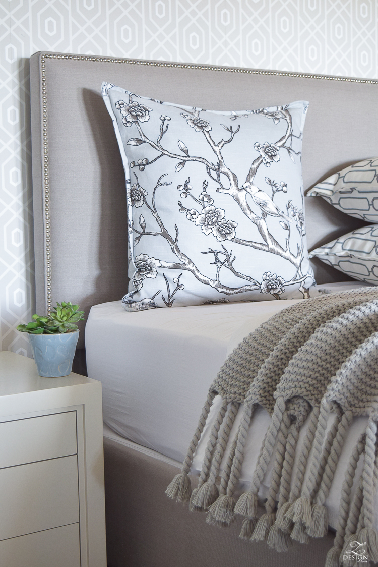 Dwell Studio Blossoms Fabric Kravet Continuum how to make a great pillow_-2
