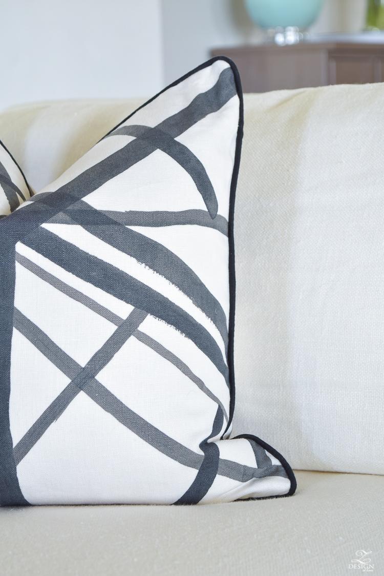 Make a great Kelly Wearstler channels pillow_
