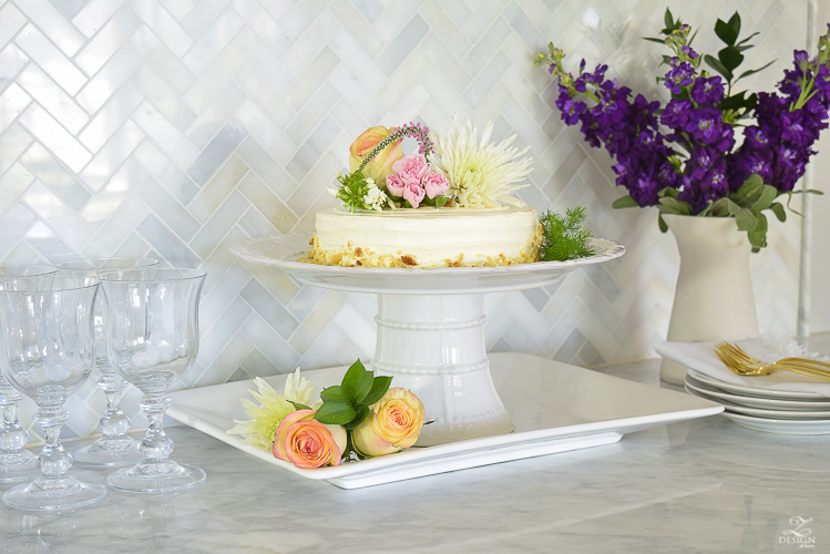 cake decorating with flowers-2