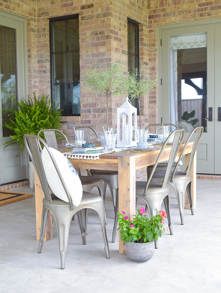 outdoor dining and entertaining area-3