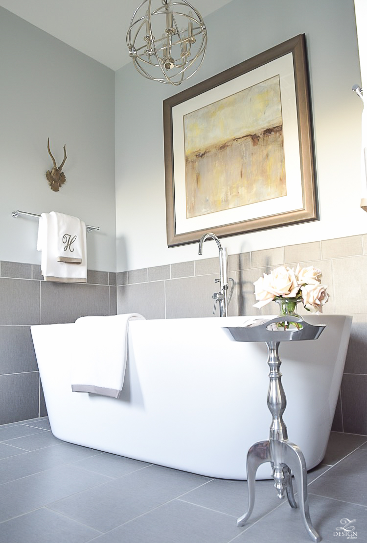 Free Standing Tub Transitional Neutral Bathroom Benjamin Moore Silver  Lake 1 6