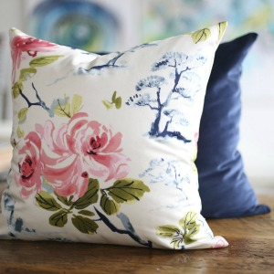 eastern-charm-floral-pillow
