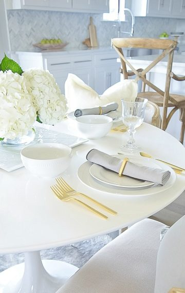 Simple Summer Table Scape