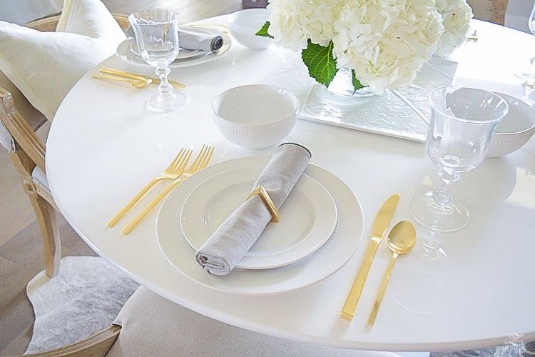 ZDesign Simple Summer White Table Scape-1-5