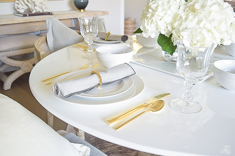 ZDesign Simple Summer White Table Scape