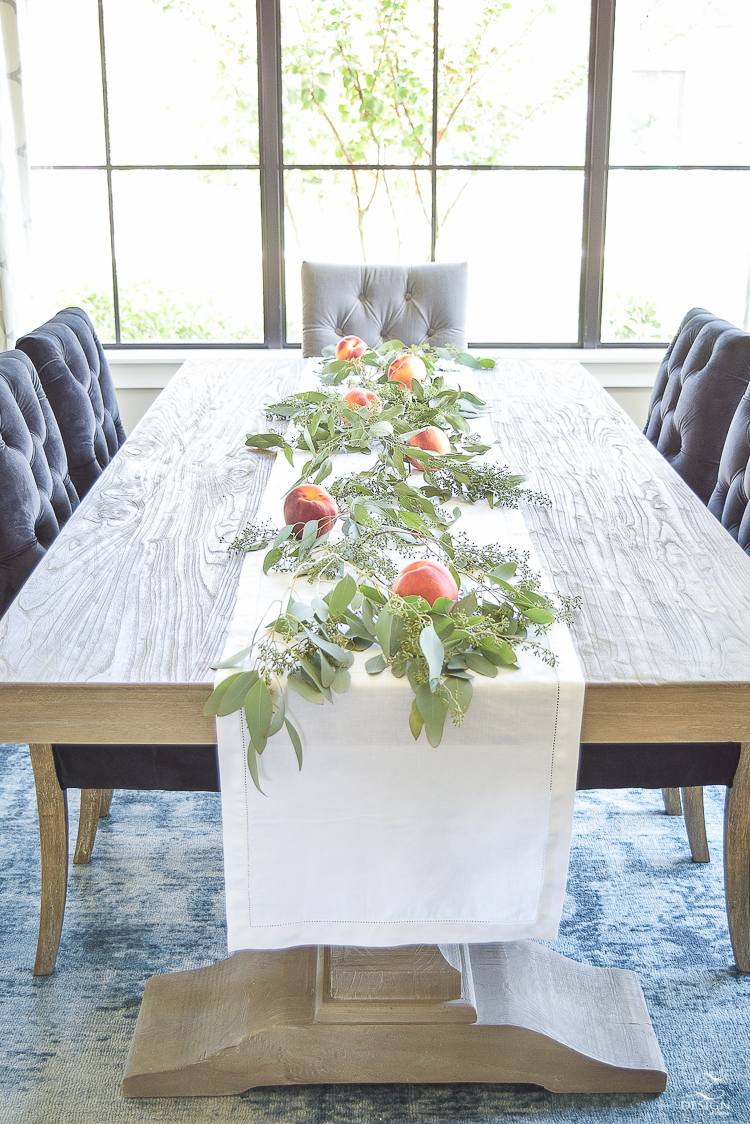 easy-fall-table-centerpiece-with-seeded-eucalyptys-and-peaches-5