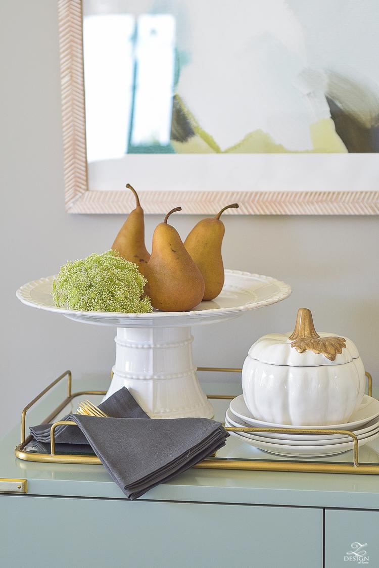 modern-fall-decor-fall-fruit-mirrored-gold-tray-ceramic-white-pumpkin-3