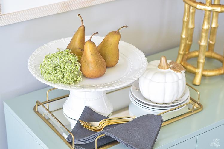 modern-fall-decor-fall-fruit-mirrored-gold-tray-ceramic-white-pumpkin-5