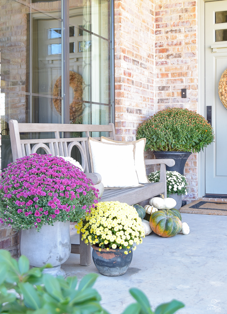 fall-front-porch-fall-flowers-mums-black-planters-mission-style-door-sherwin-williams-exterior-paint-color-mortor-washed-brick-outdoor-bench-monogrammed-coir-door-mat-13