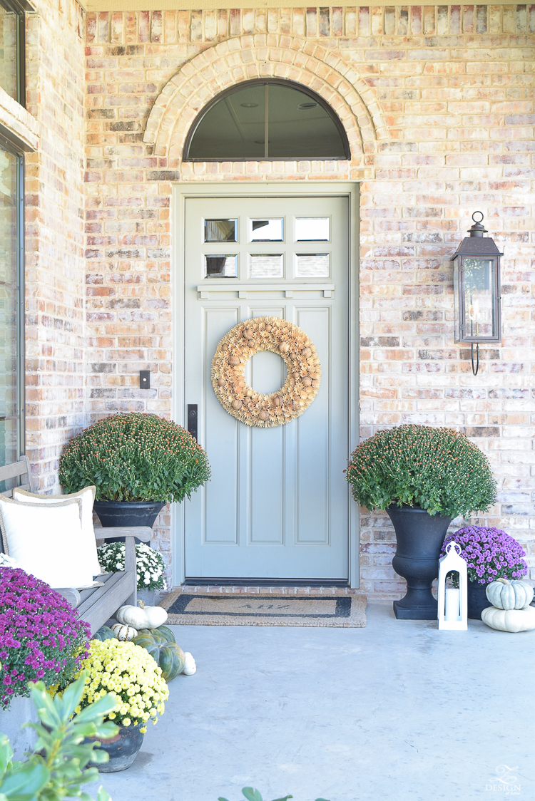 fall-front-porch-fall-flowers-mums-black-planters-mission-style-door-sherwin-williams-exterior-paint-color-mortor-washed-brick-outdoor-bench-monogrammed-coir-door-mat-20