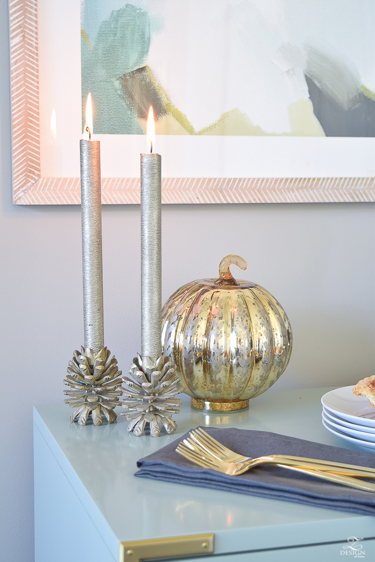 thanksgiving-table-scape-with-fruit-and-candles-count-your-blessings-plate-1