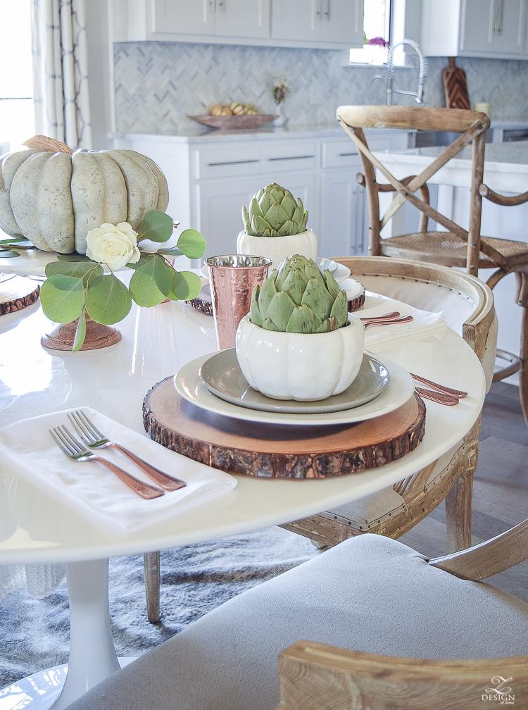 simple-thanksgiving-table-scape-copper-flatware-pumpkin-centerpiece-white-tulip-table-8