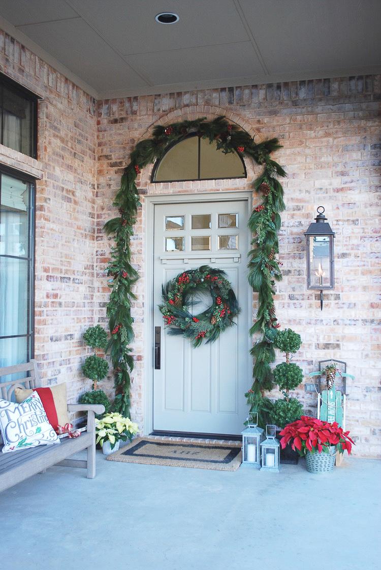 transitional-modern-christmas-decor-flocked-christmas-tree-modern-white-christmas-tree-10