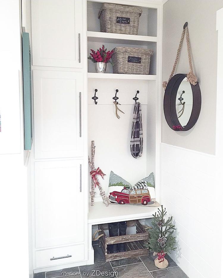transitional-modern-christmas-decor-flocked-christmas-tree-modern-white-christmas-tree-2015-6