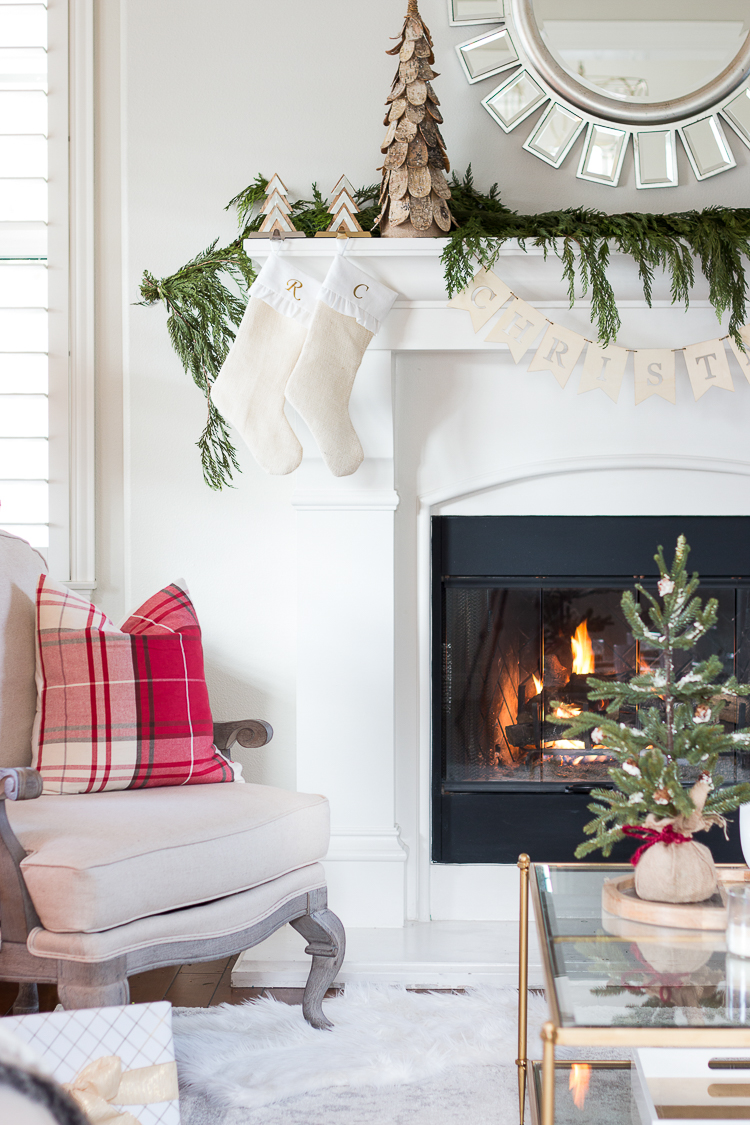 a-thoughtful-place-decked-and-styled-holiday-living-room-tour-1