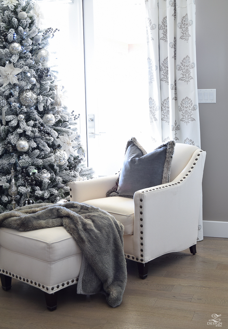 christmas-bedroom-home-tour-flocked-tree-white-christmas-decor-white-santa-bedroom-sitting-area-white-bedroom-7