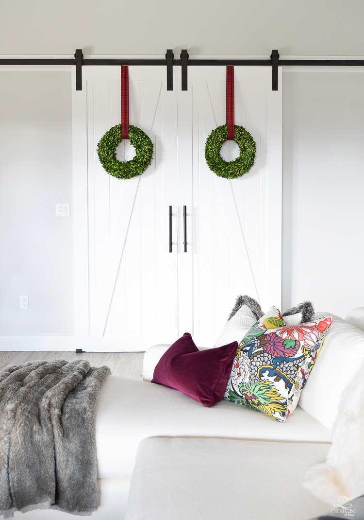 christmas-home-tour-barn-doors-with-christmas-wreath-benjamin-moore-decorators-white-paint-barn-door-hardware-1