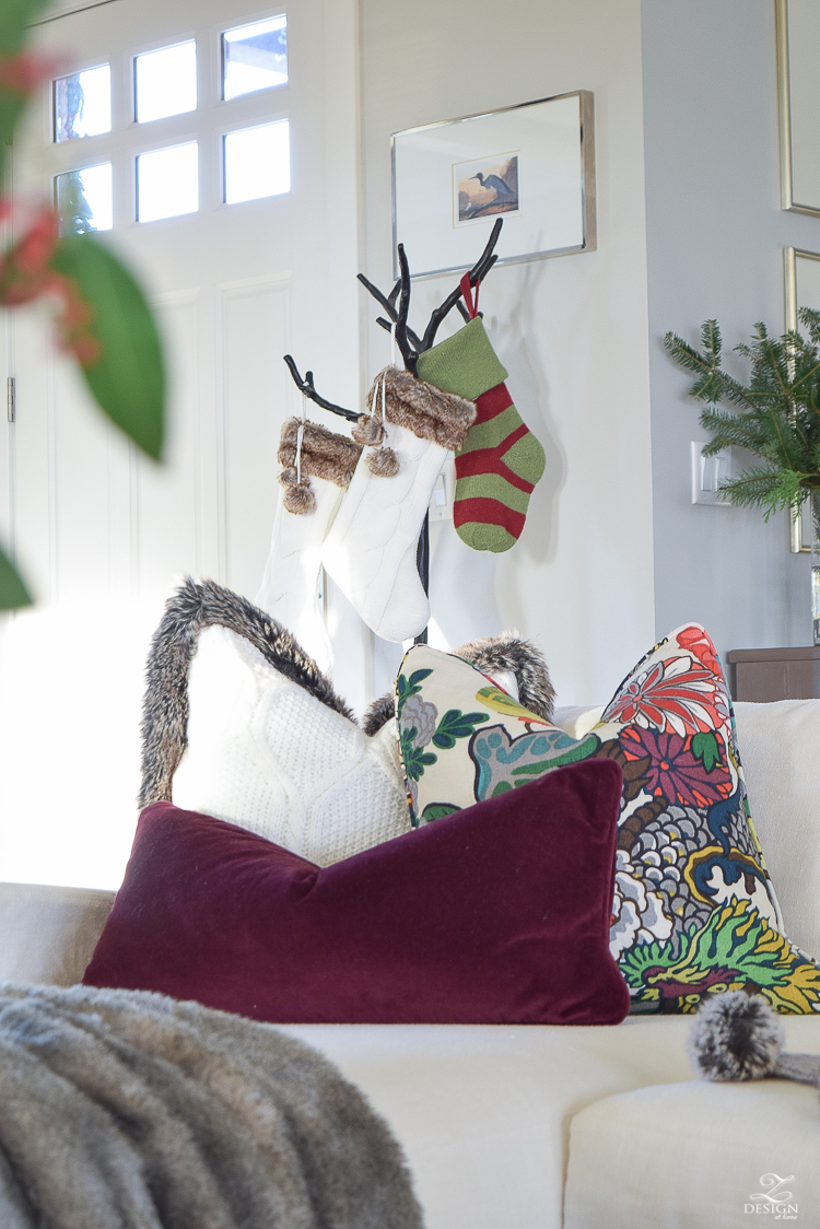 christmas-home-tour-white-slipcovered-couch-christmas-decor-transitoinal-livign-room-3
