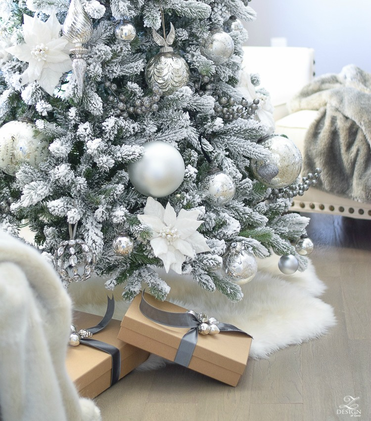 Decked & Styled Holiday Tour – A Christmas Bedroom
