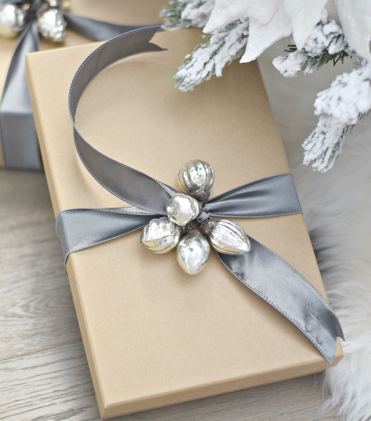 Holiday Gift Guide 2017 – Blog Hop