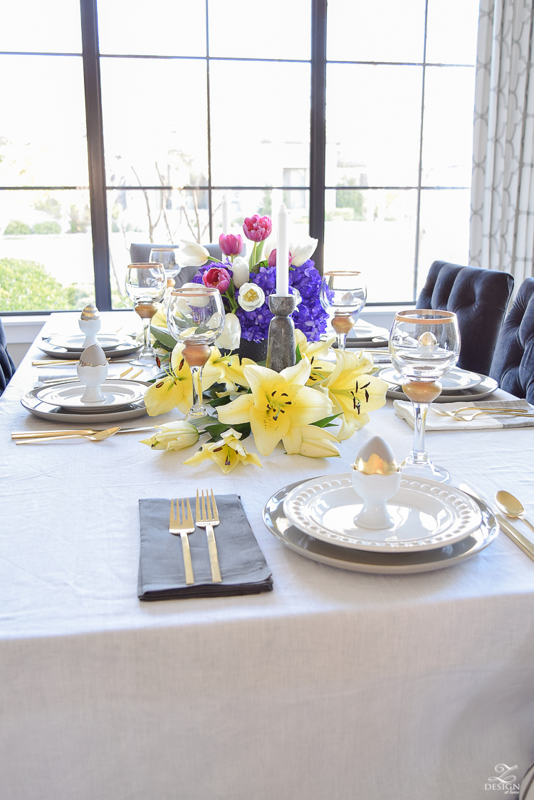 elegant moder easter table scape chic easter decor linen table cloth and napkins easter egg holders-3