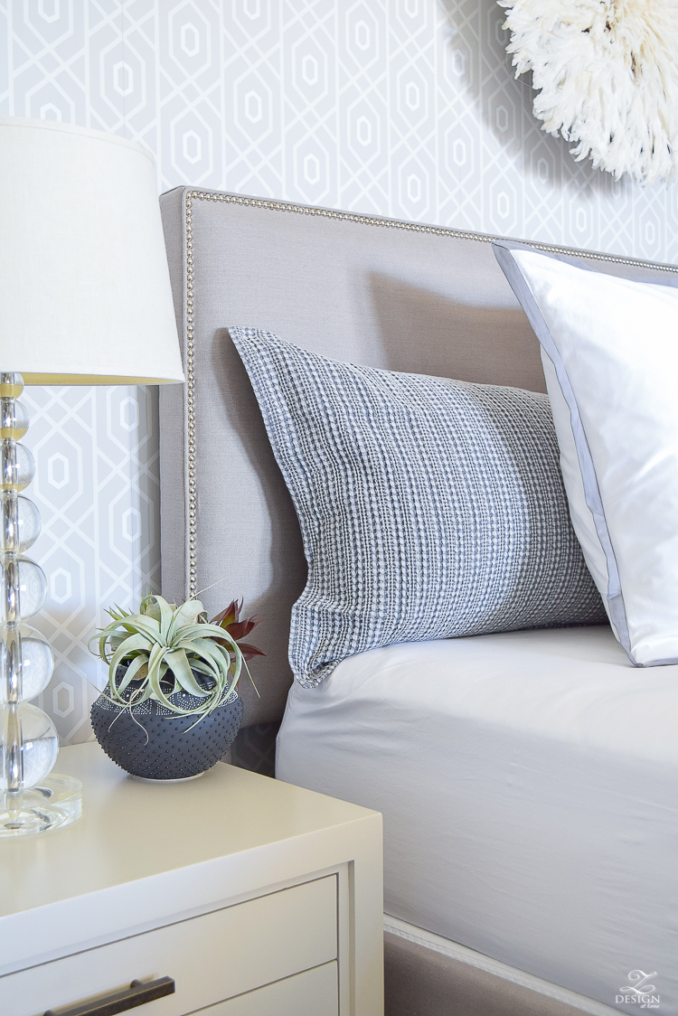 transitional style white bedrrom geometric wallpaper juju hat honey comb waffle weave duvet and shams black home decor accessories gray nailhead headboard white border duvet and shams-1