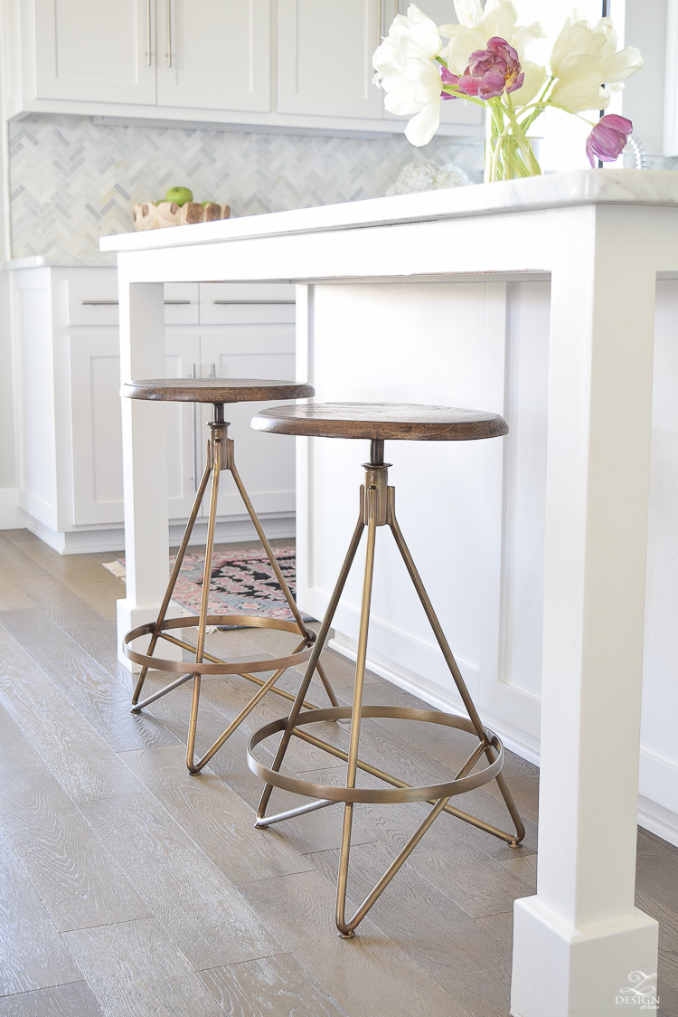 50 best farmhouse bar stools for Best kitchen stools