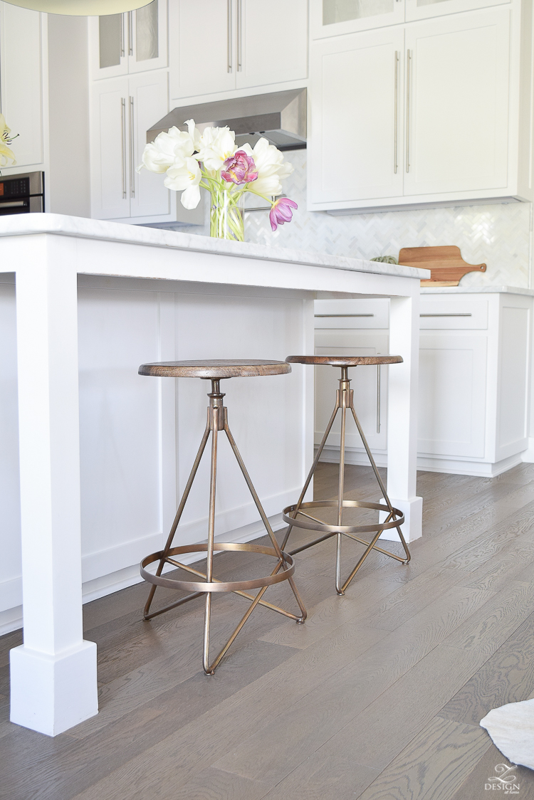 Brass swivel barstool Wyndham 25 Swivel Bar Stool by ARTERIORS Home white modern farmhouse kitchen gray & The Best Modern Farmhouse Bar Stools ( + an update on mine ... islam-shia.org