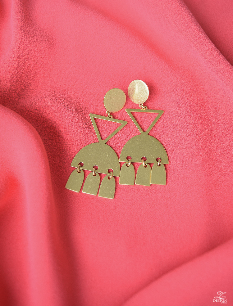 madewell gold statement earrings-1