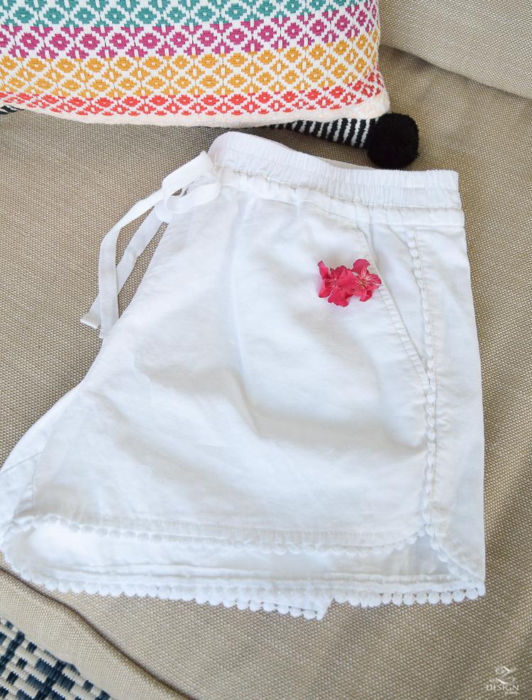 white pom pom linen shorts-1