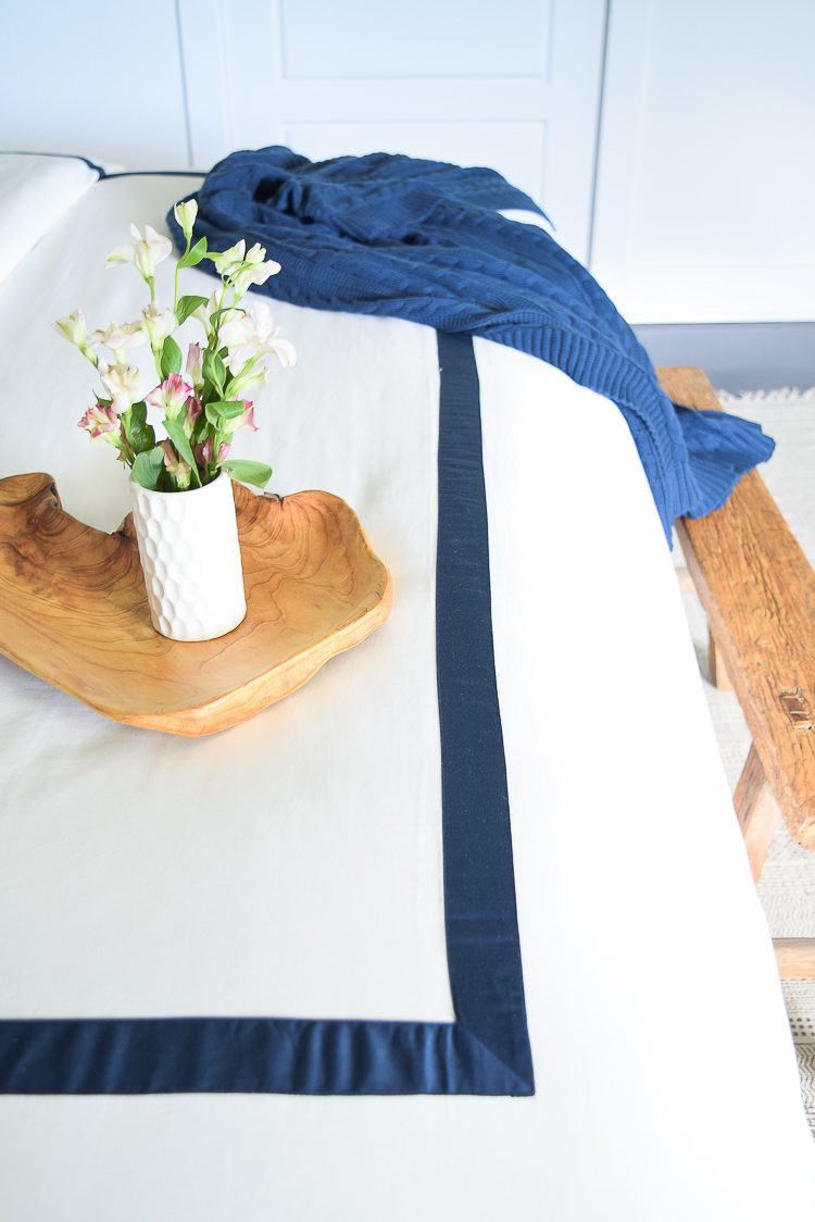close up of boll & branch banded duvet bedding softest sheets best hotel bedding
