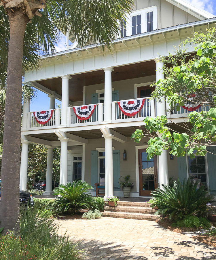 review of seaside and watercolor fl home in seaside fl coastal cottage design 4th of july banner decor-1