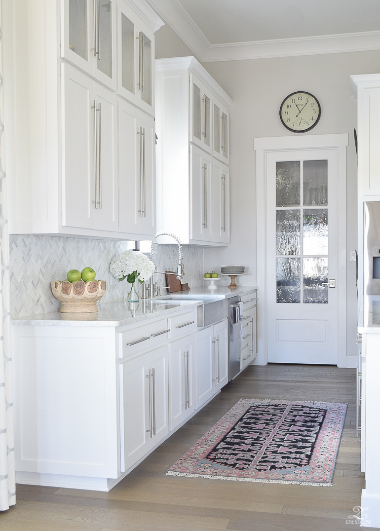 10 Simple Tips For Styling The Kitchen Counters White Modern Farmhouse Shaker Cabinets