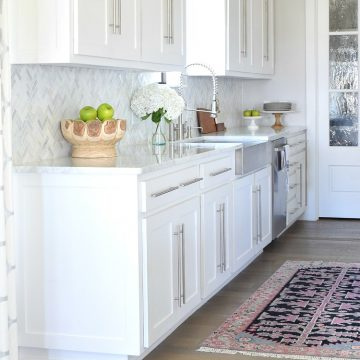 9 Simple Tips For Styling Your Kitchen Counter Tops - How to Style Kitchen Counters