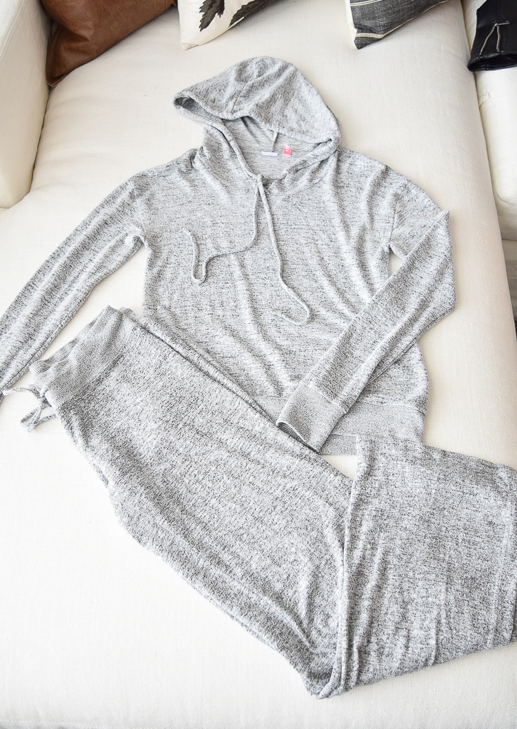 The softest PJ's the most comfortable pjs make and model gray and black pjs with hoodie