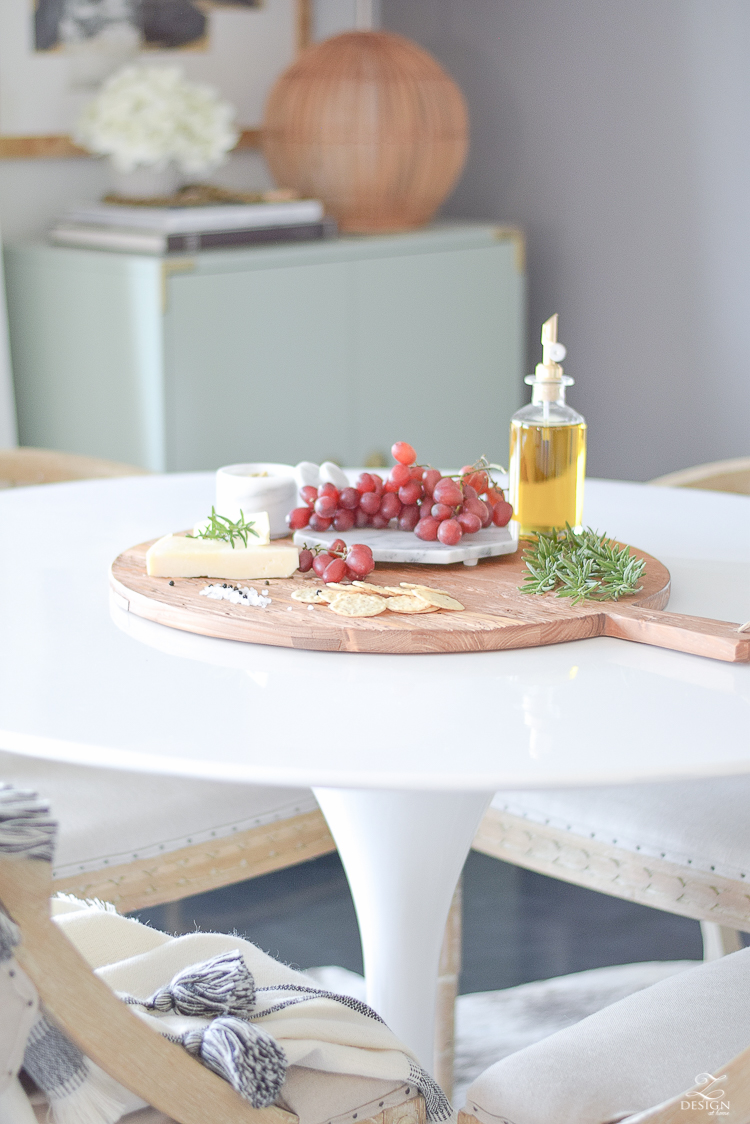 Reclaimed Wood Sustainable Pizza Board from France - etúHOME Sustainable Culinary Accents