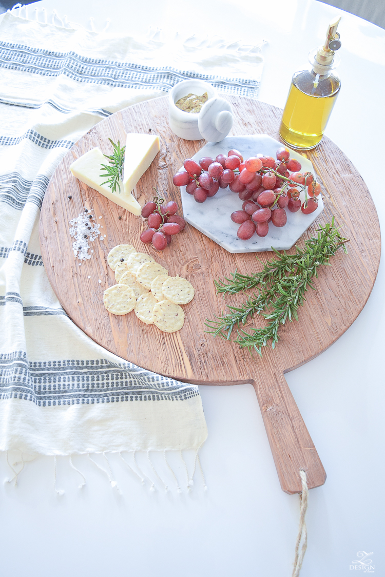 Food Styling with etúHOME Sustainable Creations Reclaimed Wood Pizza Board - Modern Farmhouse Culinary Products