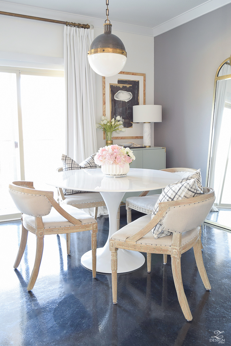 How to avoid the winter decor blues + a winter home tour