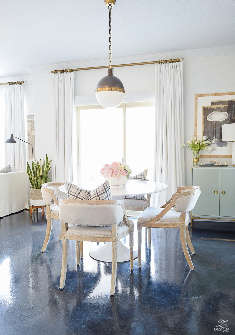 How to avoid those winter decor blues + a room tour