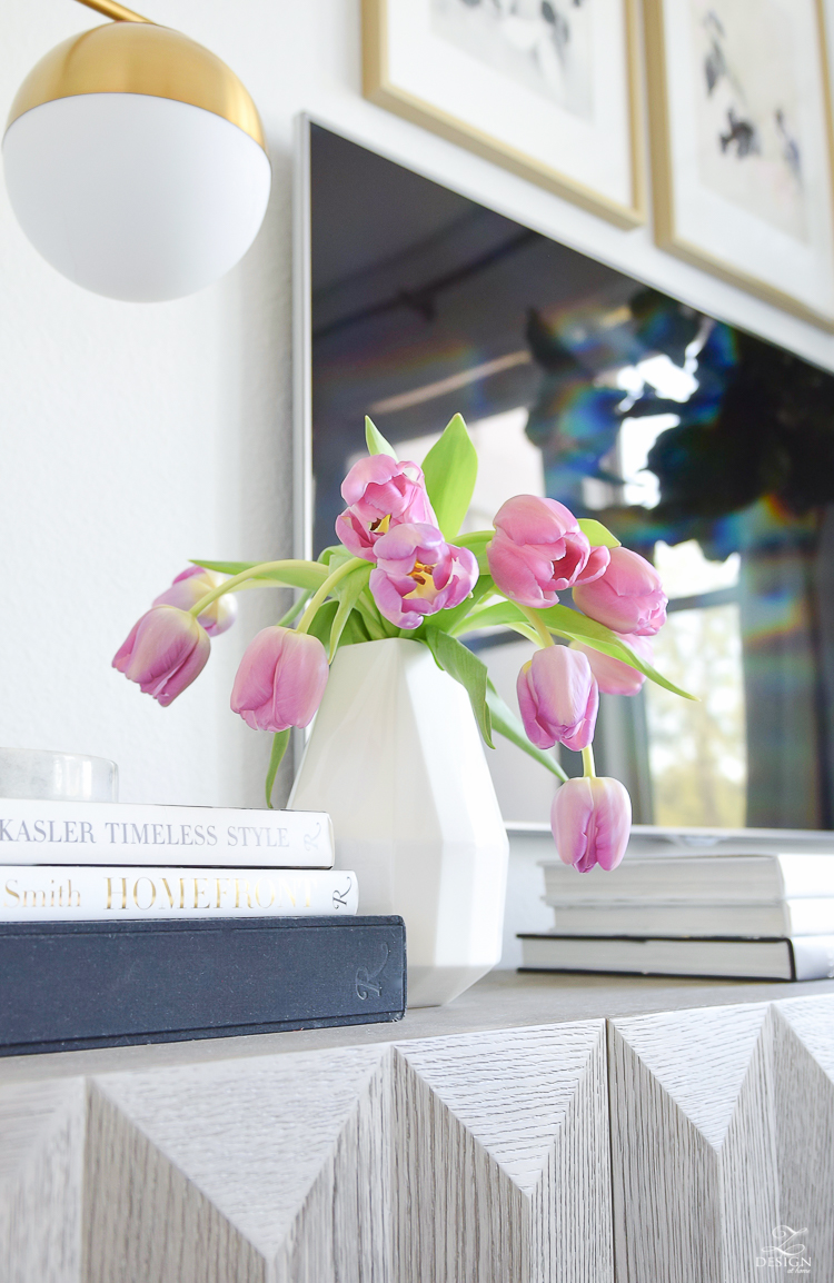 Decked & Styled Spring Tour - Fresh pink tulips in modern white faceted vase
