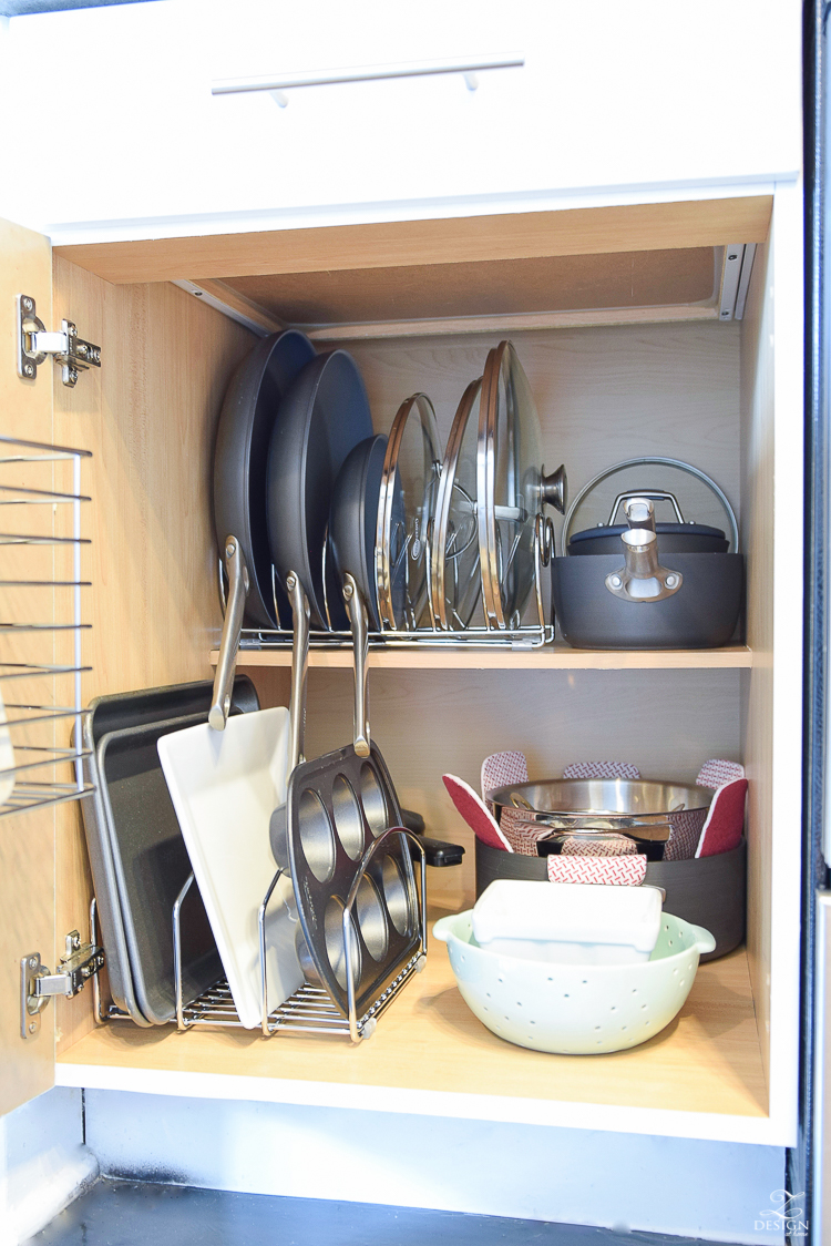 The best way to organize your pans and lids + product solutions
