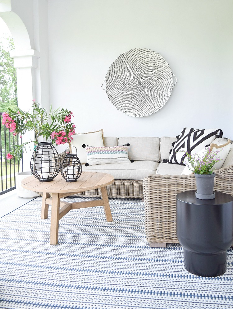 The best outdoor rugs this season - modern, boho outdoor living