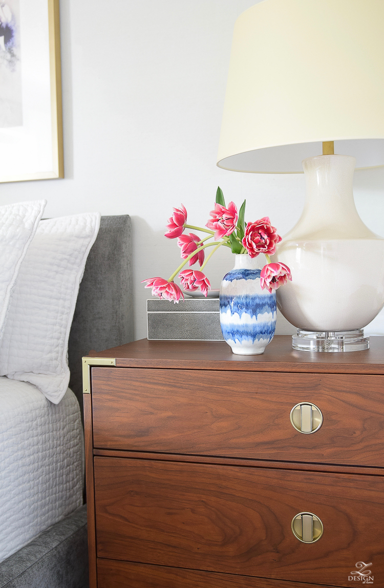 The best tips for styling and decorating your nightstands
