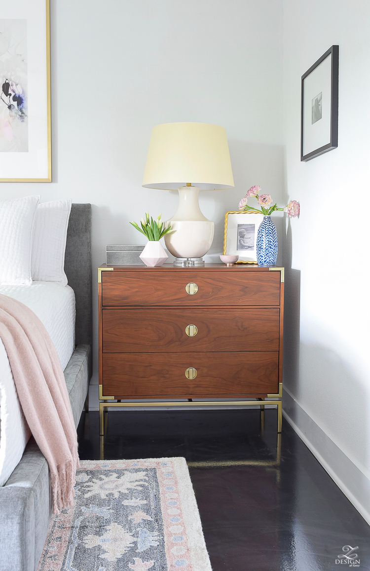 The best 8 tips to style your nightstands
