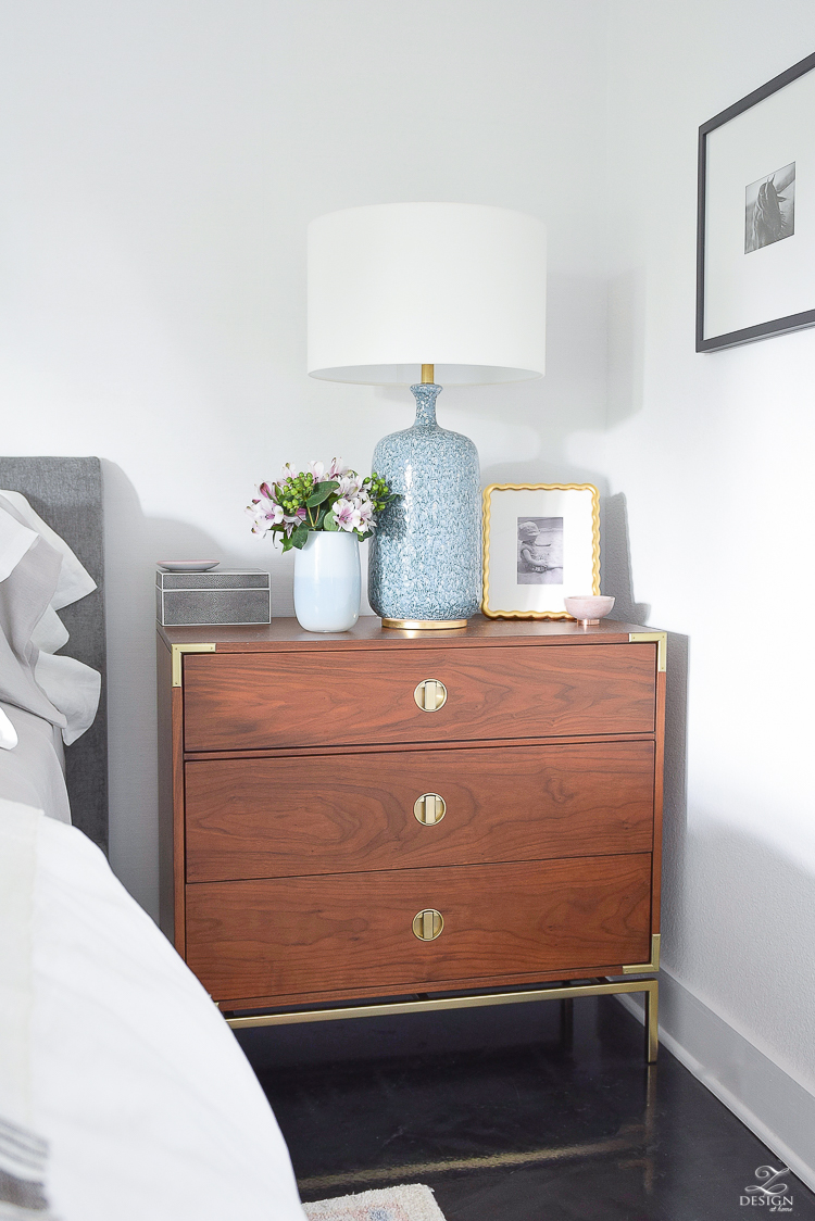 How to style your nightstand for summer - a summer bedroom tour