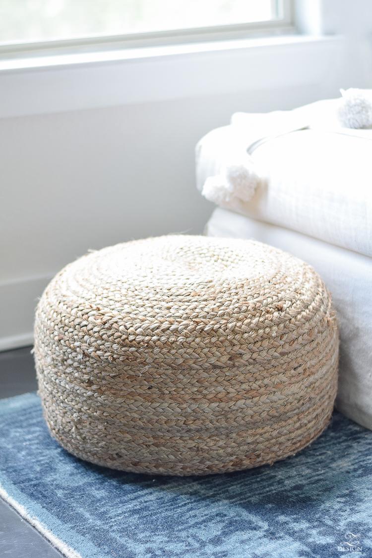 Natural jute pouf - summer decor