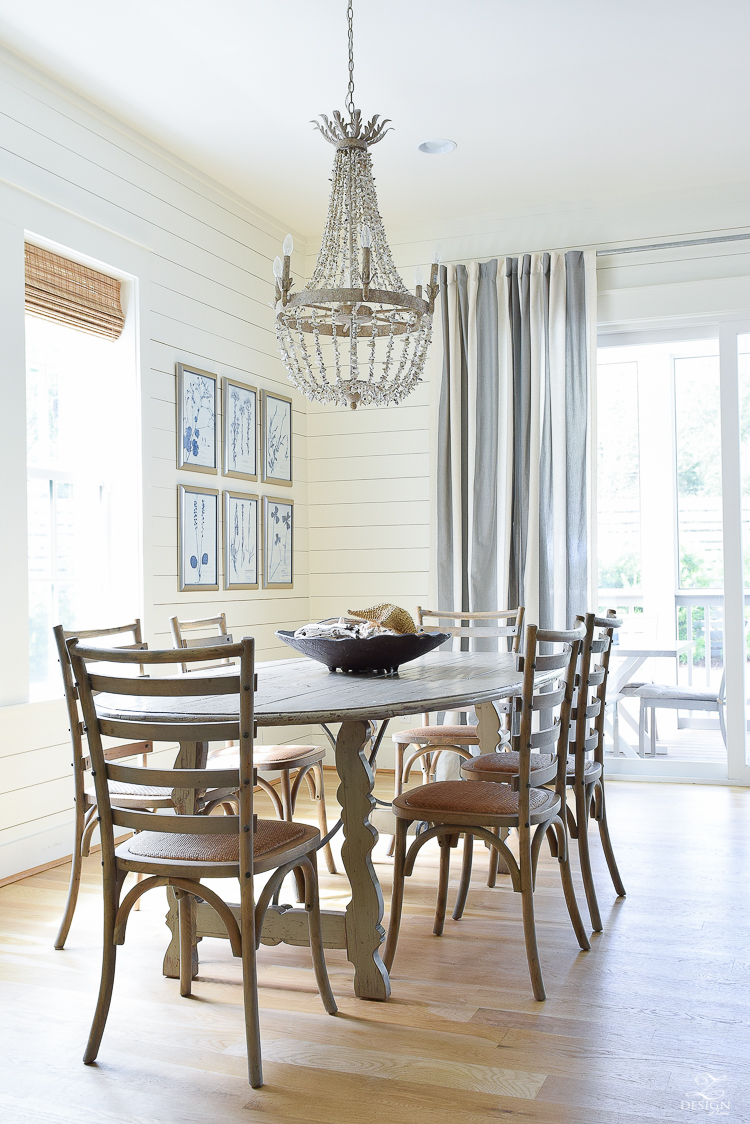 Coastal Dining Room in 30A Florida - Best beach vacation home for rent